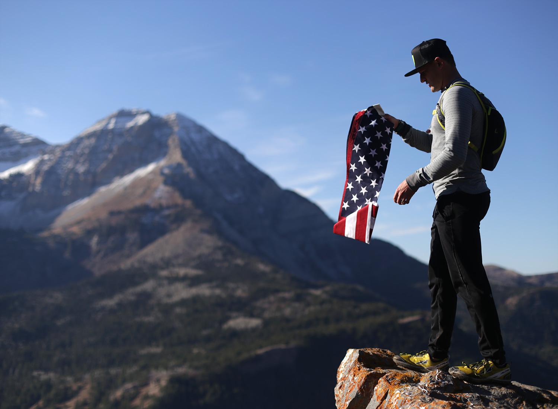 burke-alder-rolling-the-american-flag-pictures.jpg