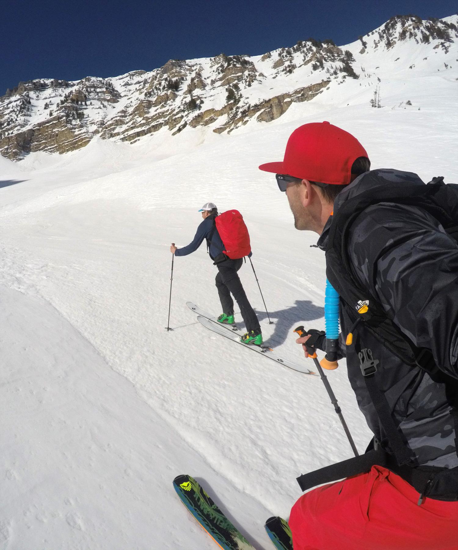 burke-alder-primrose-cirque-ski-approach.jpg