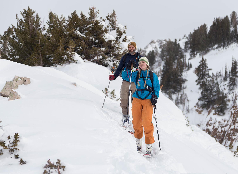 backcountry-skiing-utah-pictures-summit-toledo-bowl.jpg