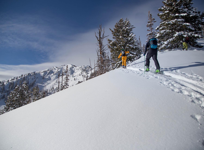 backcountry-ski-touring-pictures-utah.jpg