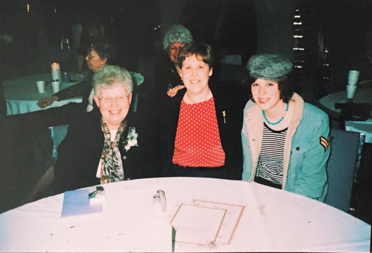 grandma+mom+me.jpg