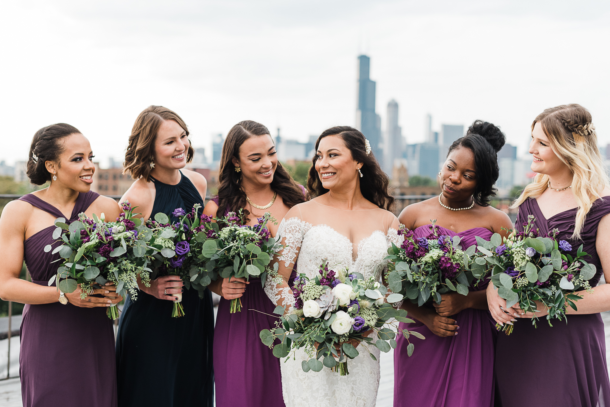 chicagoweddingphotographer_lacunalofts-1051.jpg