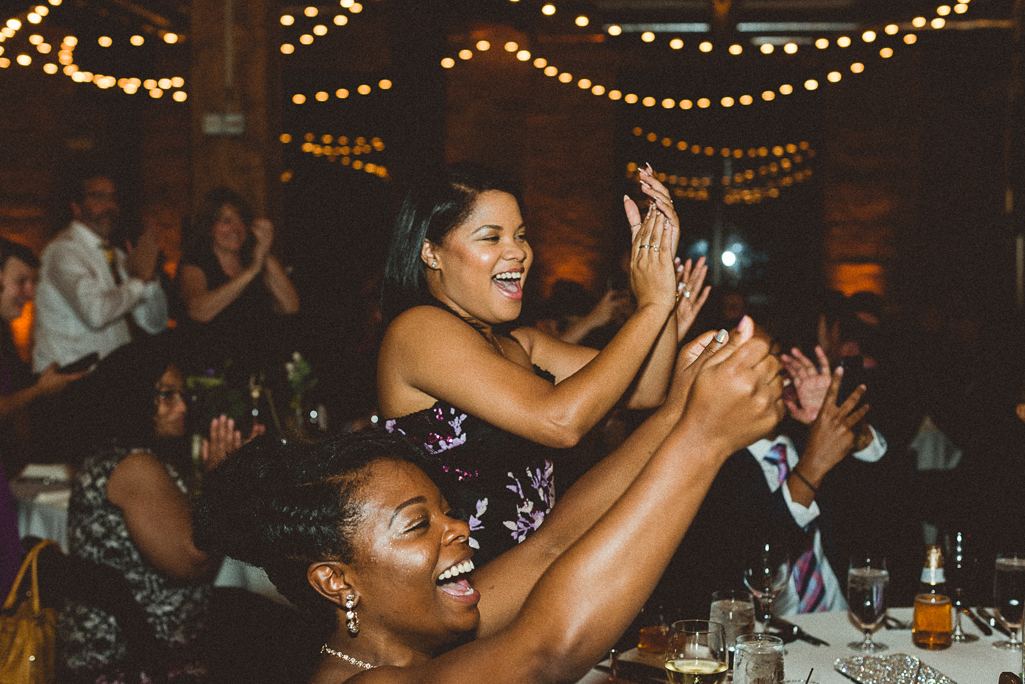 chicagoweddingphotographer_lacunalofts-1086.jpg