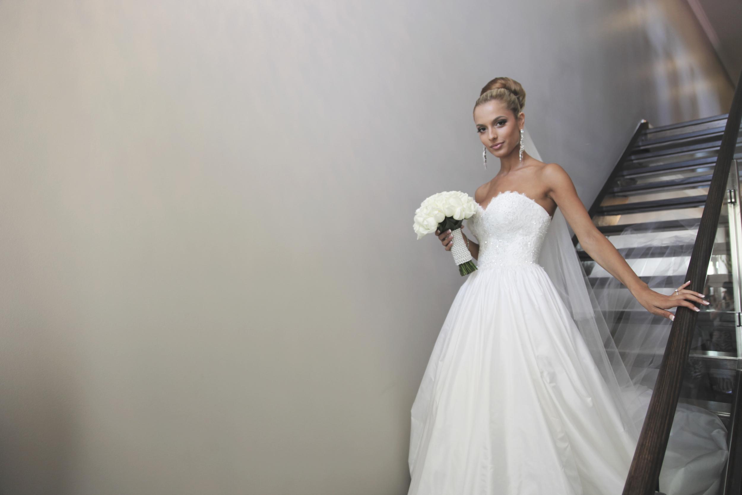 martha sardelis full sweetheart big gown strapless beaded veil  4.jpg