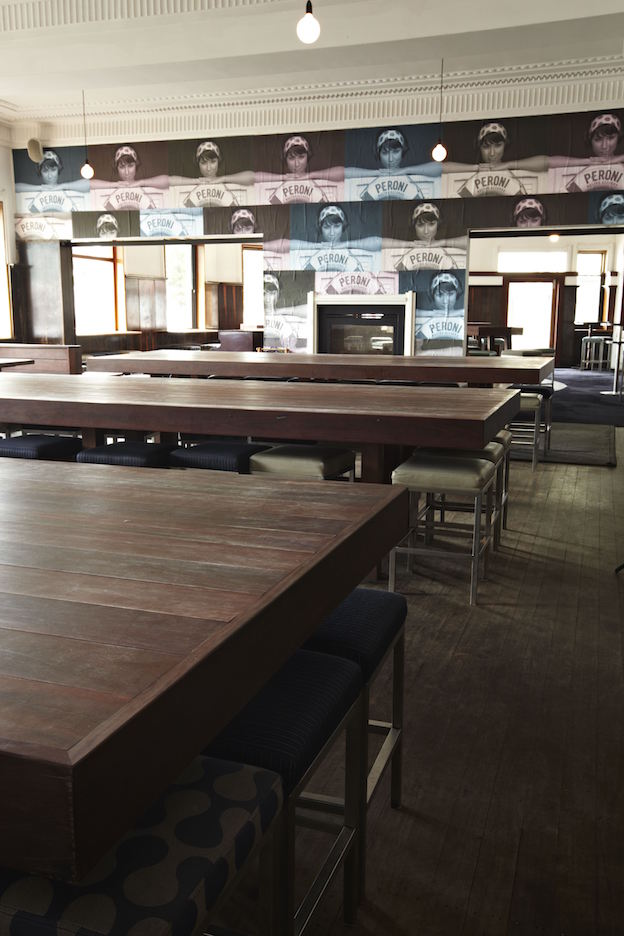Hotel Steyne Manly Seaside Bar Timber Tables