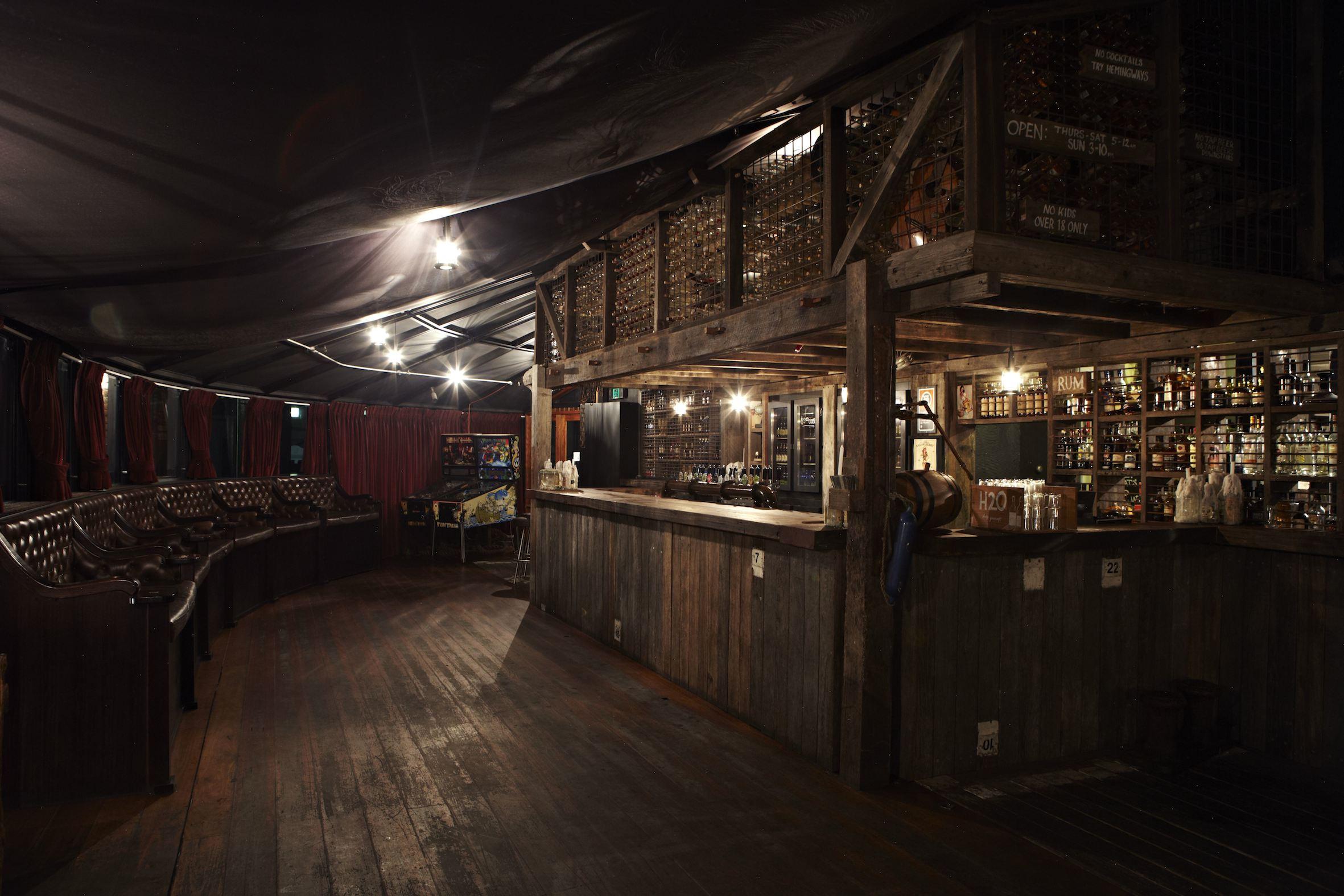 Hotel Steyne - Manly Moonshine Bar