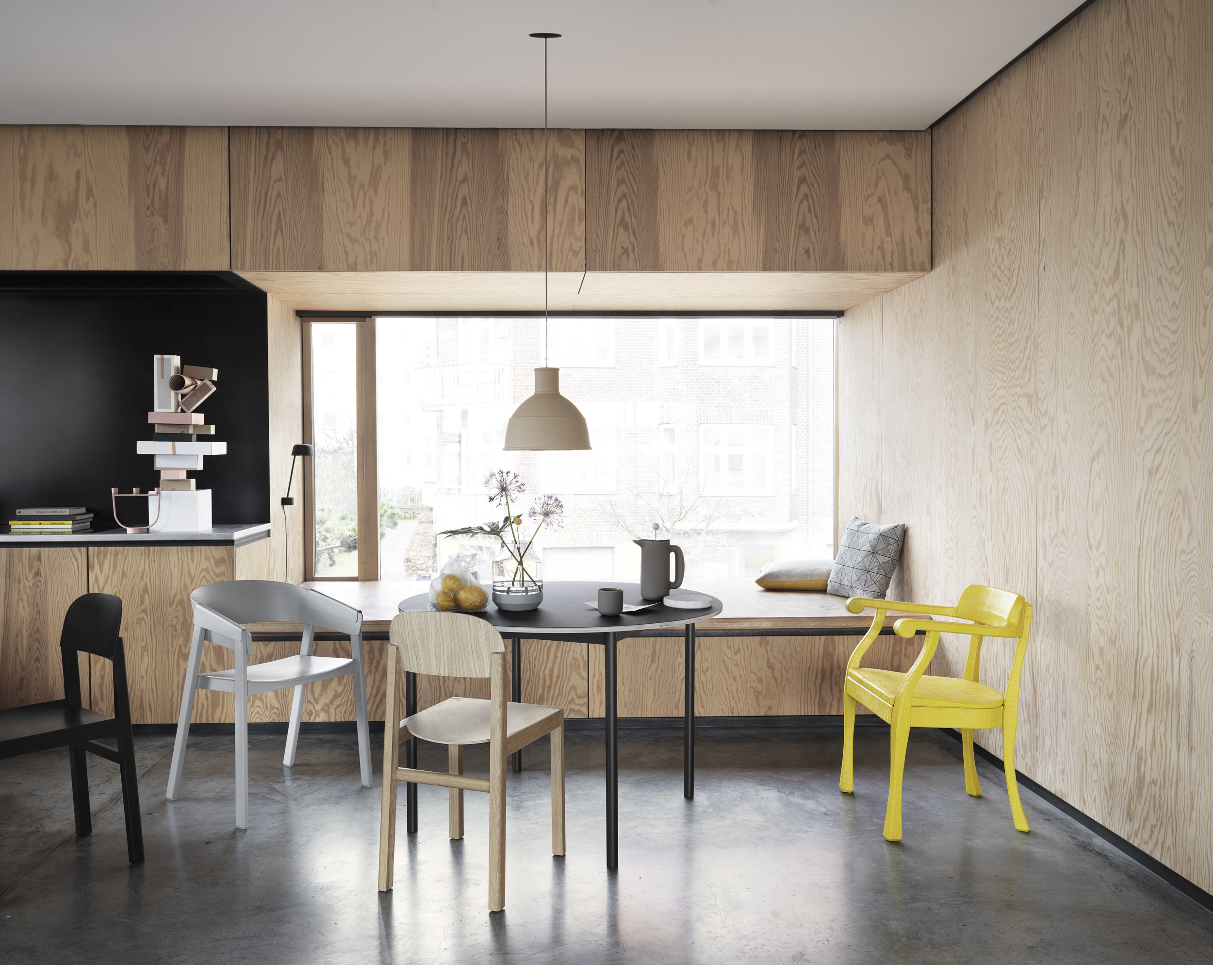 Cover-workshop-base-table-ø110-unfold-raw-push-high-res-lifestyle.jpg