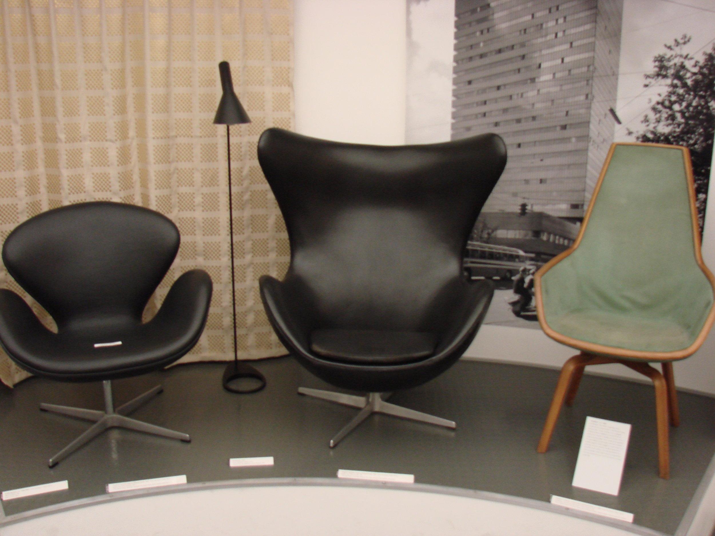 SAS_Royal_Hotel_furniture_in_Copenhagen.JPG