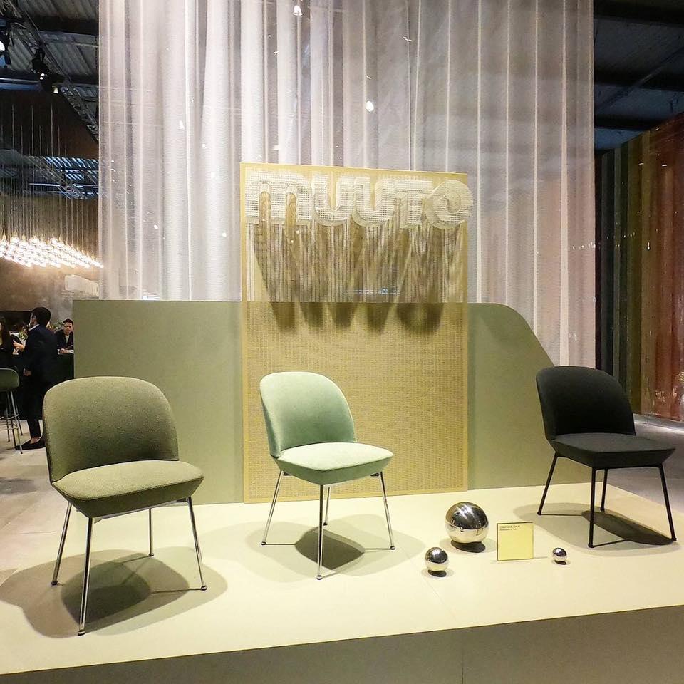 Oslo side chair - 結合了現代的幾何線條和輕盈的舒適柔軟的座椅, 擁抱的背部線條, 帶來精緻的視角,為家庭、餐廳或工作場所的任何空間增添了優雅的觸感。