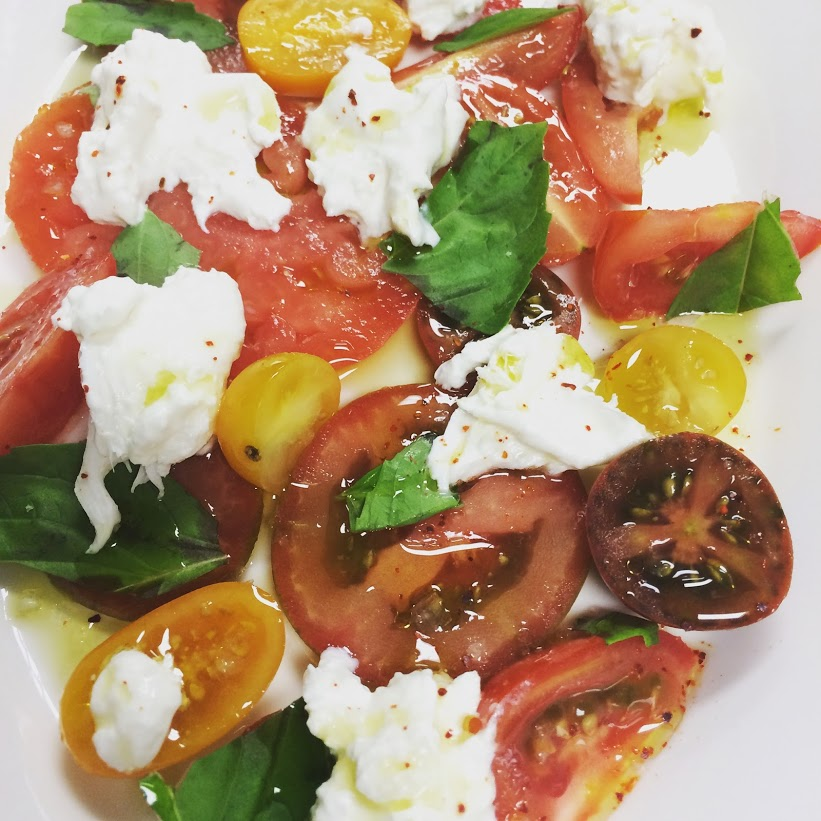 heirloom tomato and burrata.jpg