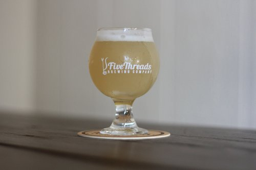 22 IBU, 5.5% ABV   Modeled after the American Cream Ale style, this blonde has a light and delicate body. A pinch of Liberty hops adds a subtle lavender aroma.