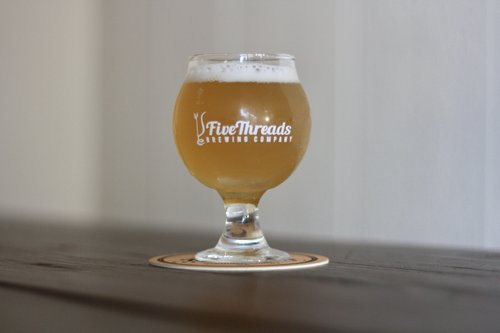 8 IBU, 5% ABV   Fruity and lush, Heidi relies on a special yeast to create banana, apple and clove aromas. This refreshing beverage is highly carbonated and finishes with a bready character similar to a light cracker or biscuit.