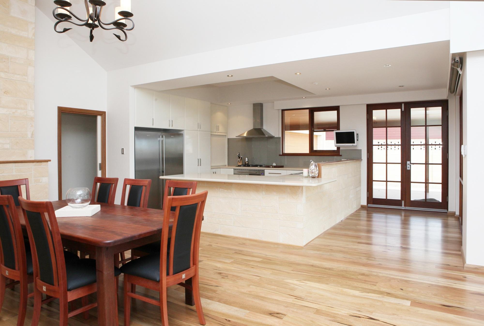 Home Kitchen Window & Door Glass Geraldton Dongara Broome