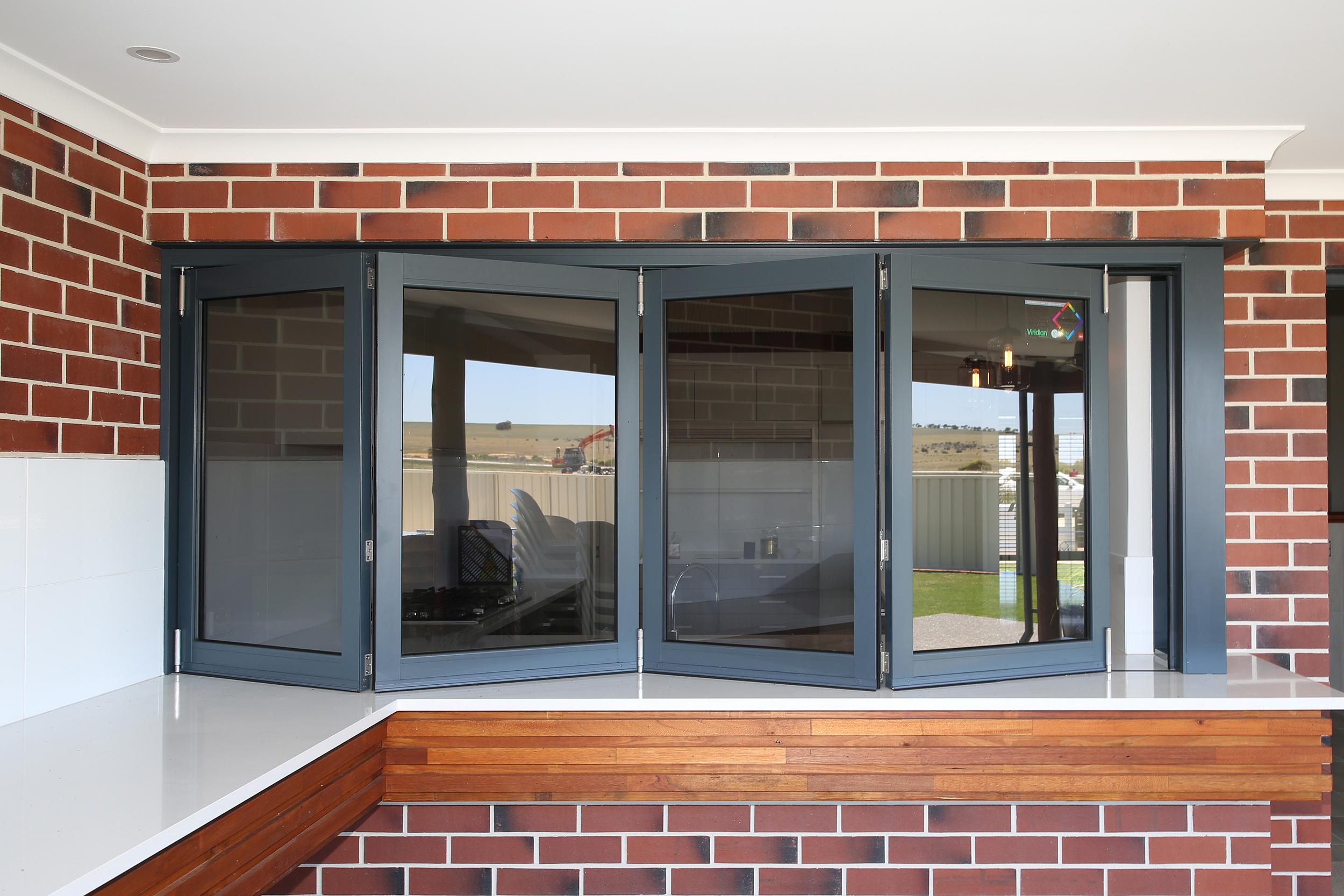 BI FOLDING WINDOW & DOOR brick