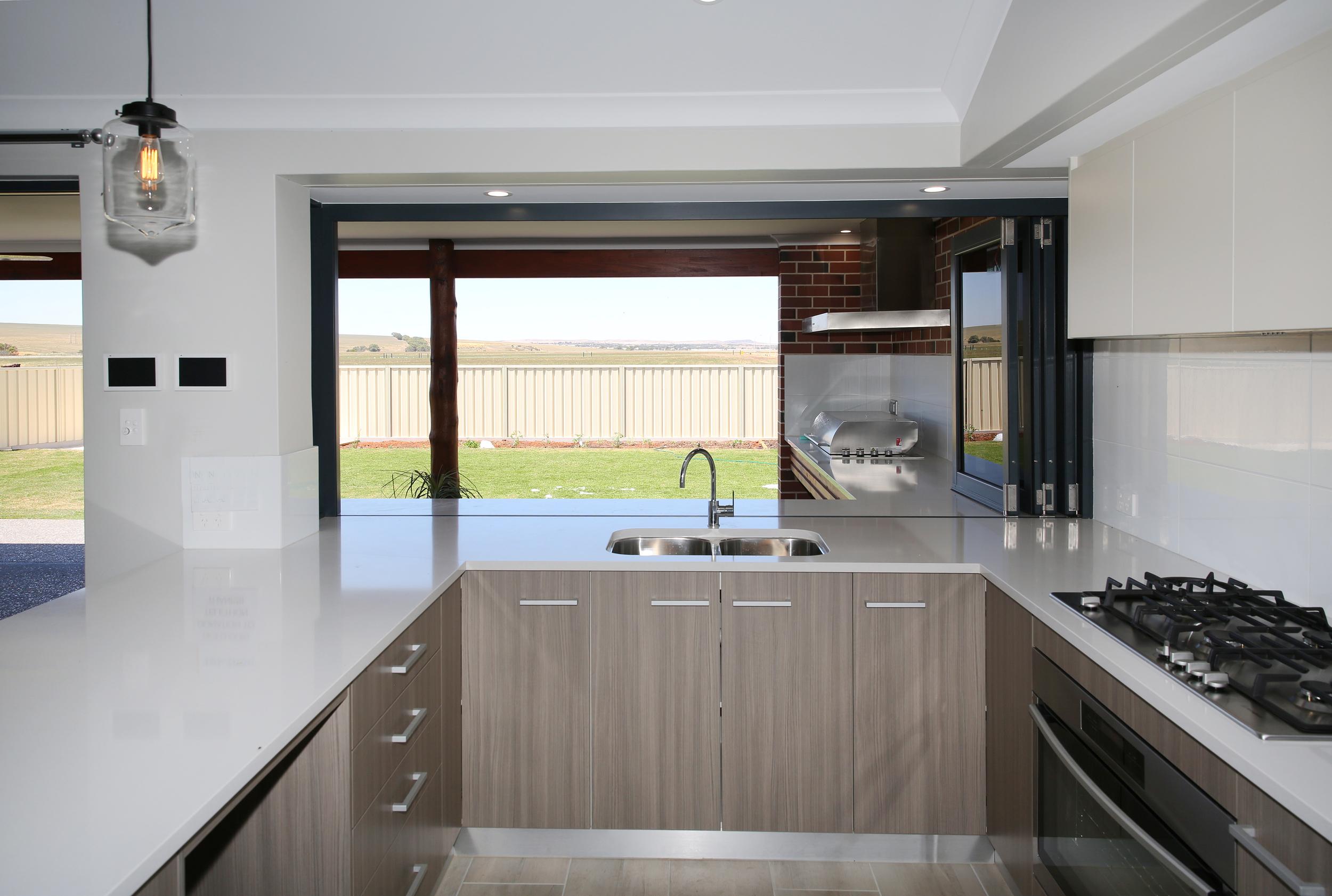 BI FOLDING WINDOW & DOOR kitchen