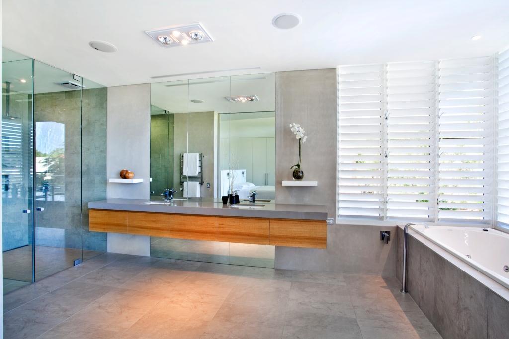 Bathroom Frameless Shower Screens