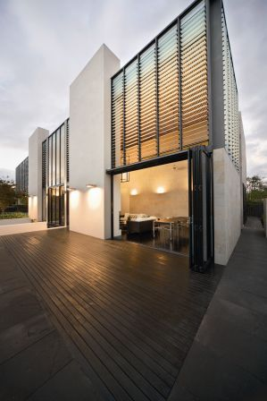 Louvres house