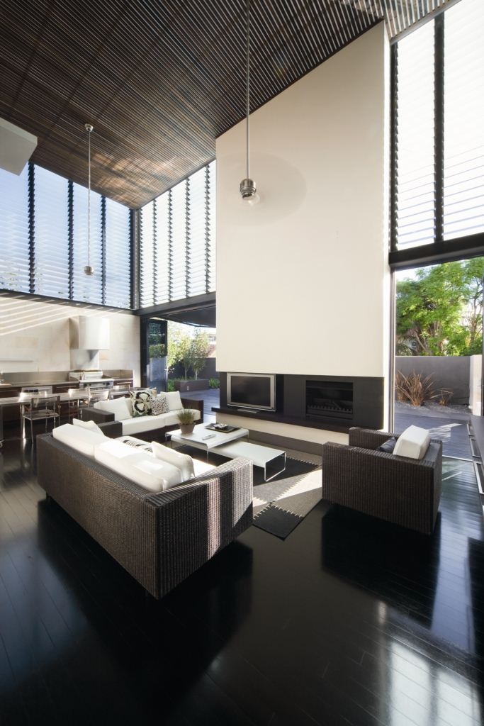 Louvres living room