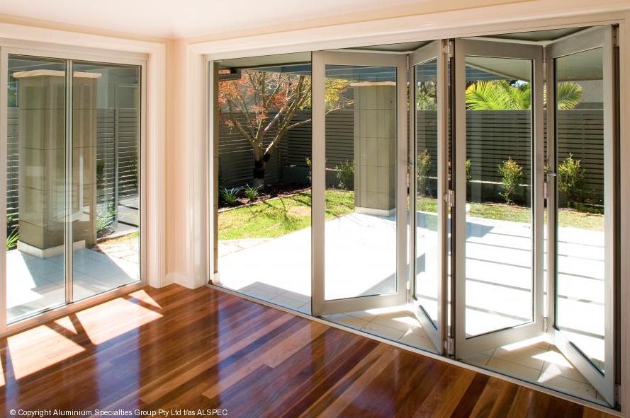 BI FOLDING WINDOW & DOOR wood