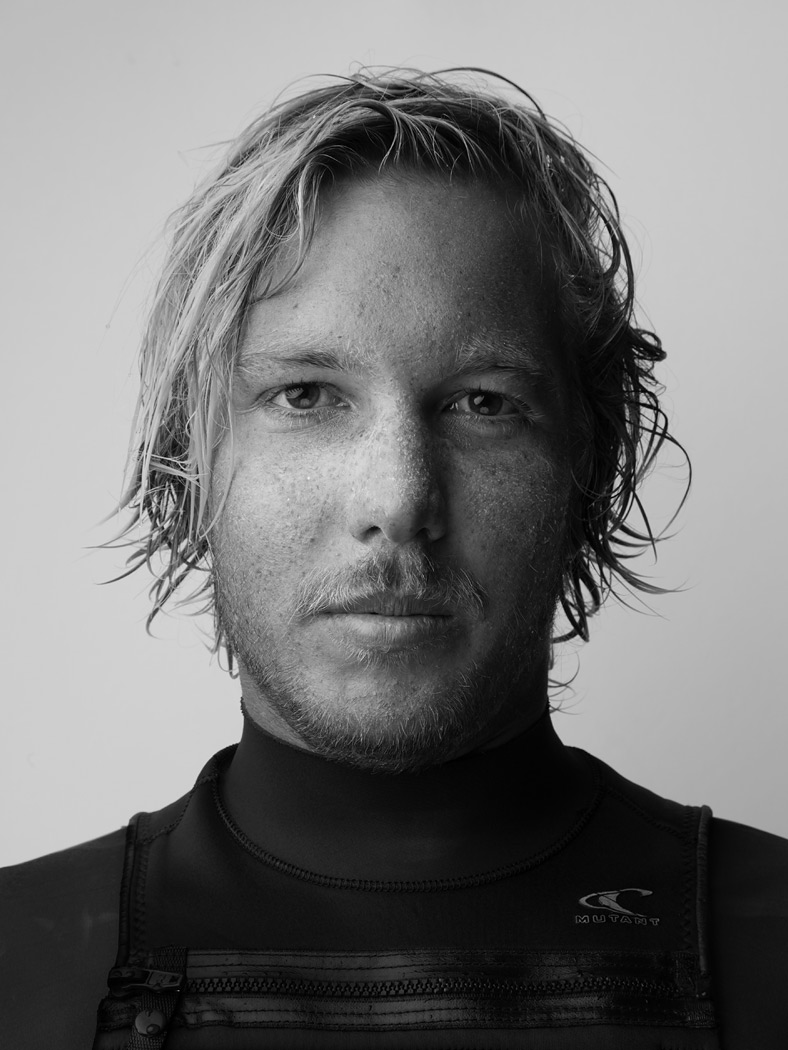 surfer_15_by_sandro_baebler.jpg