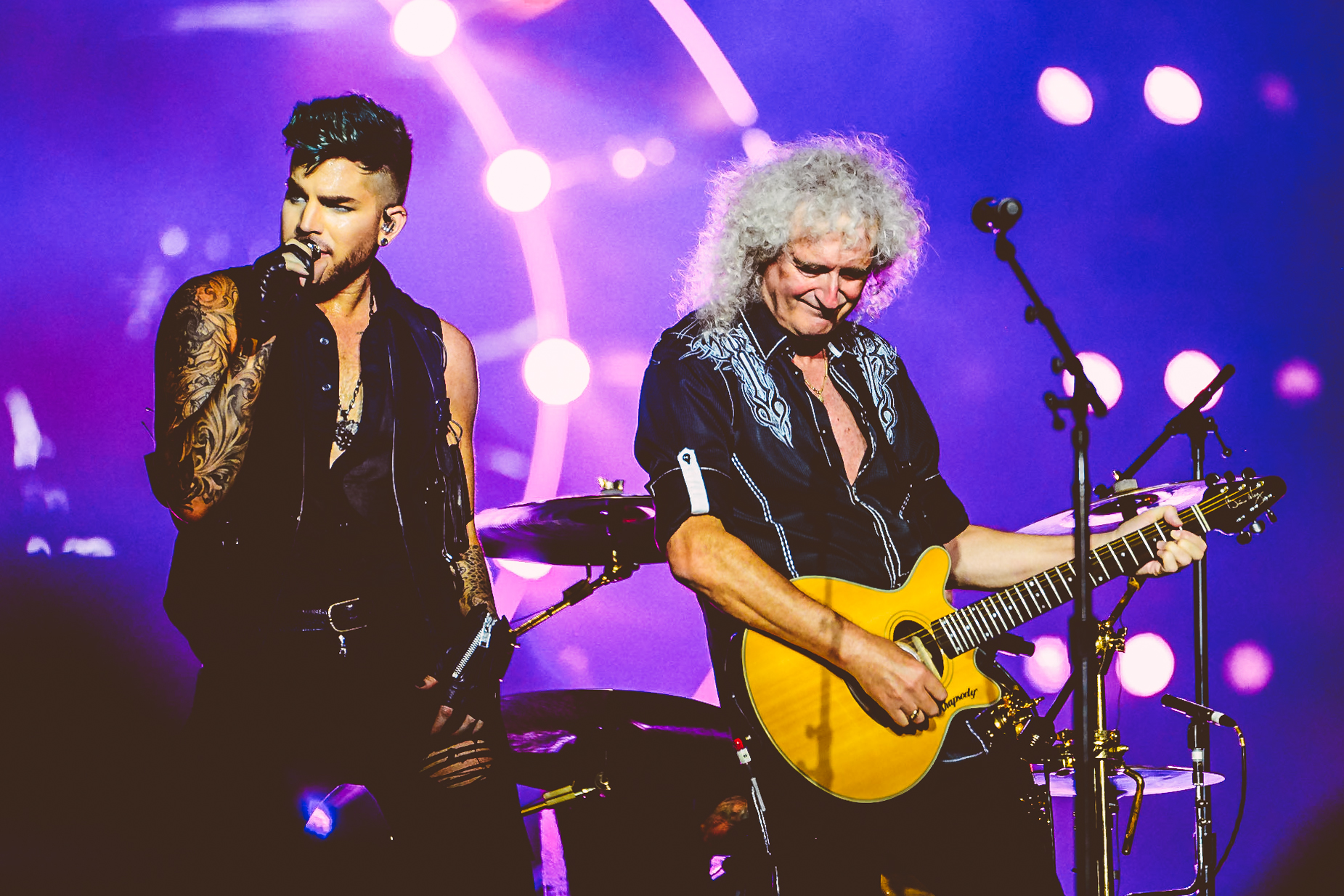 Adam Lambert & Brian May (Queen) /Singapore