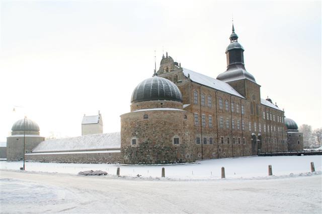 Vadstena_slott vinter får användas.jpg
