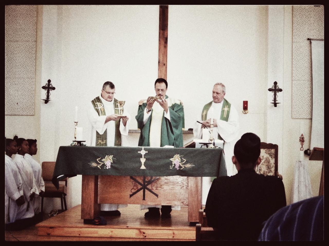 Misviering in de kerk van Robertson.