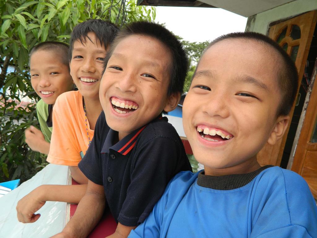 myanmar children may 2013 7 (Copy).jpg
