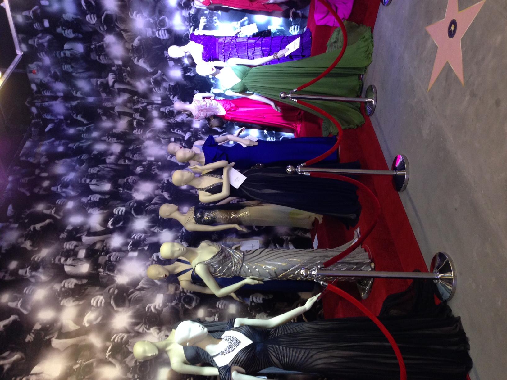 Max Azria Atelier - Red Carpet Dresses