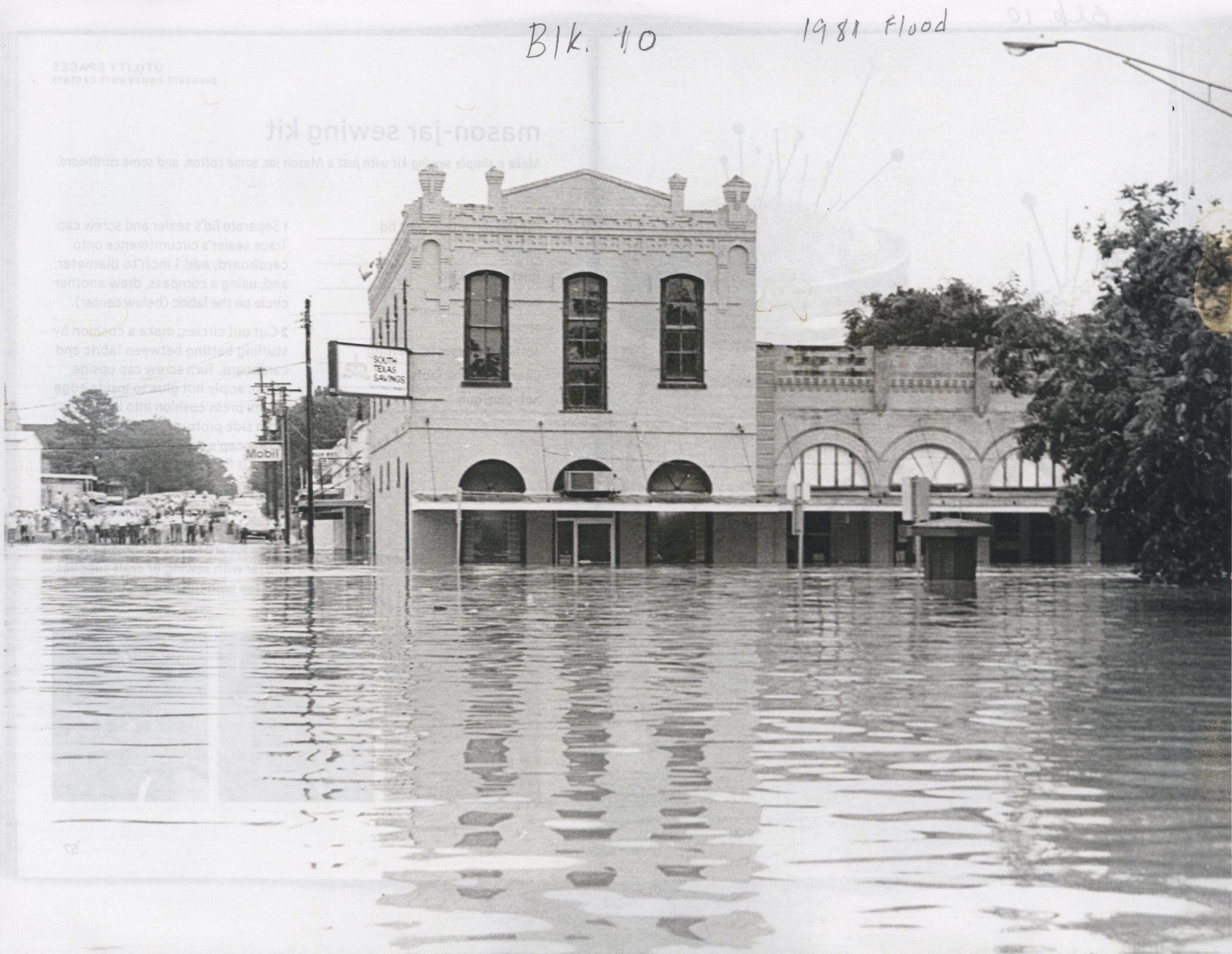 1897 Samusch Building, 1981