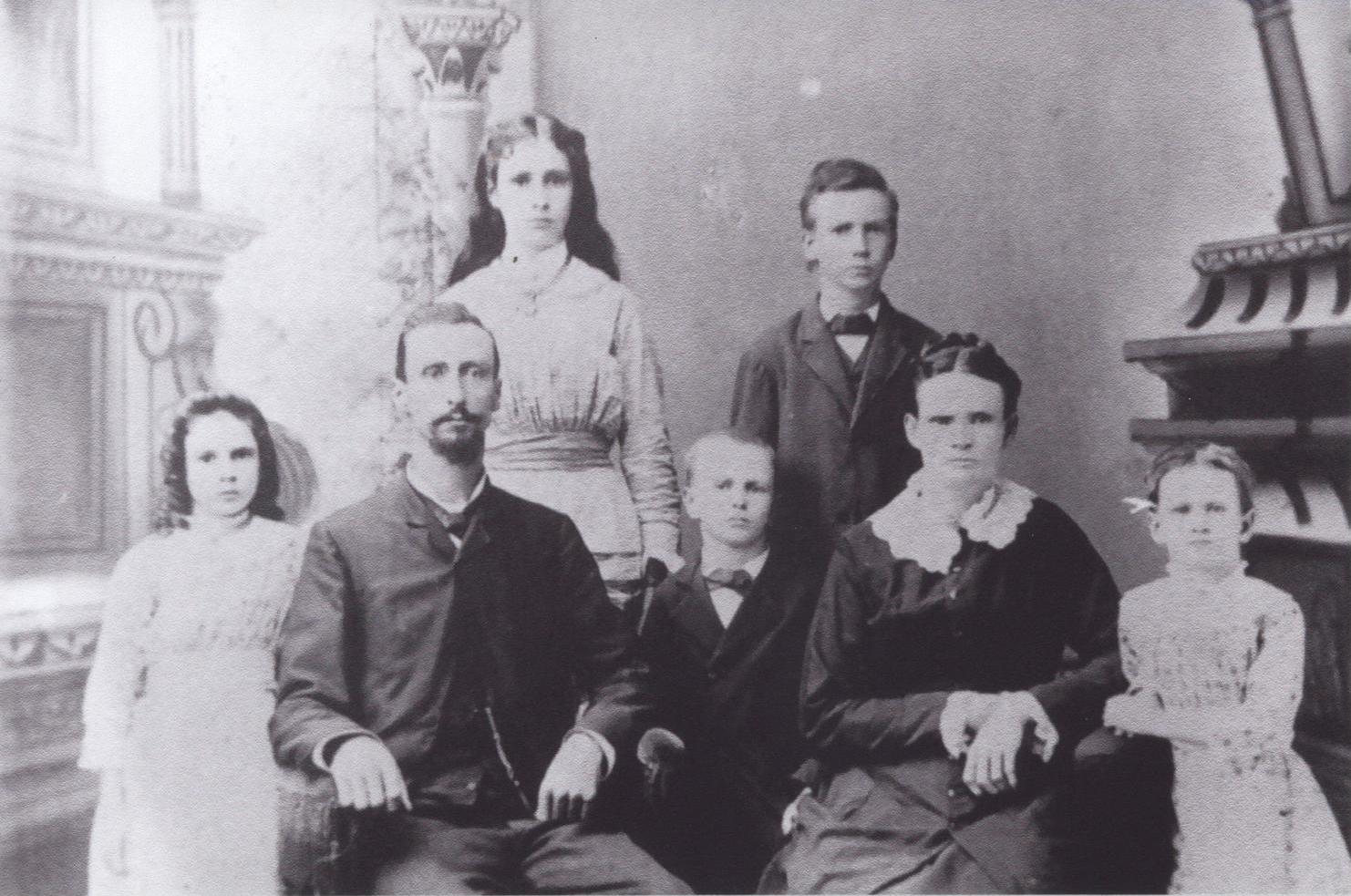 James Edward Dietz family, undated