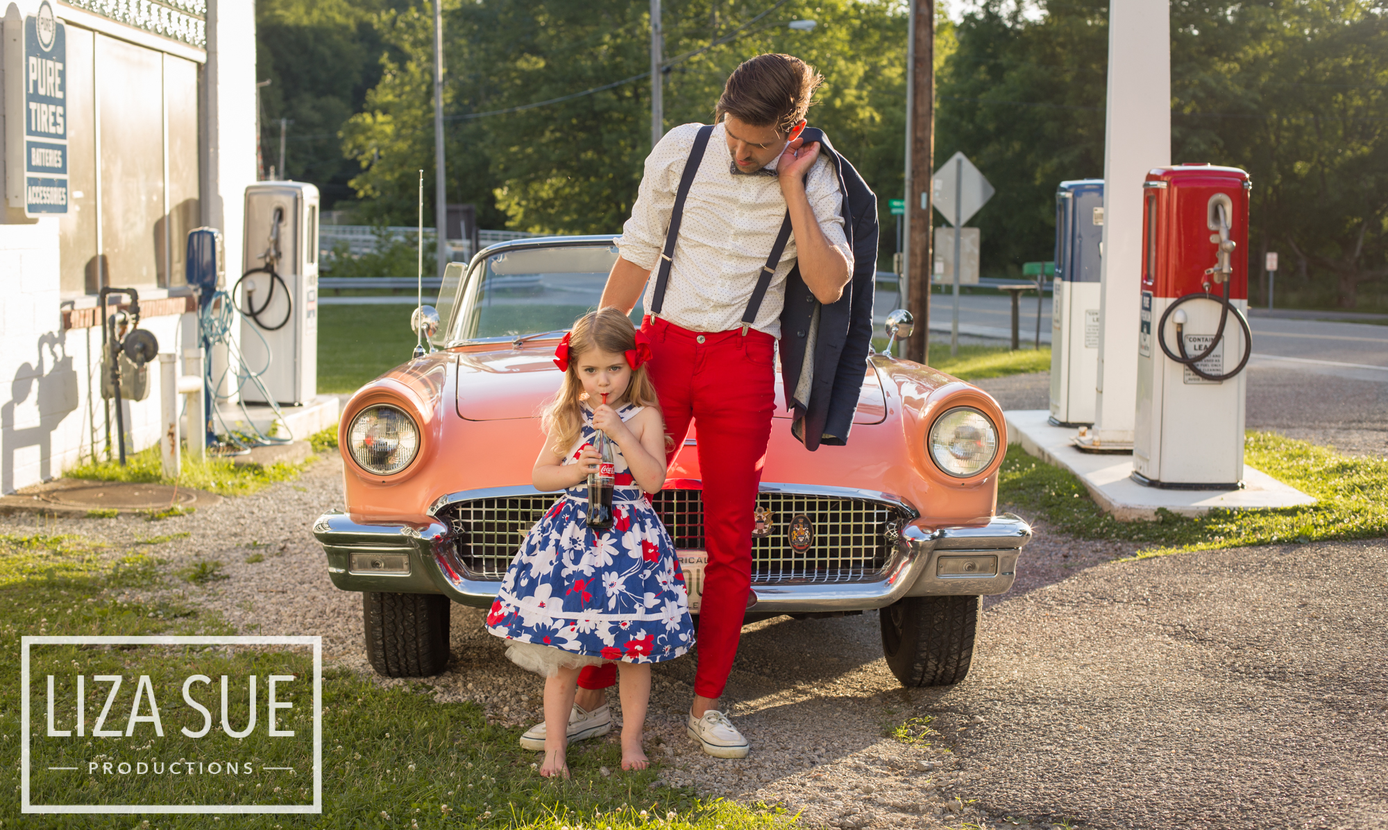 cleveland + akron vintage family photoshoot retro car 1950s