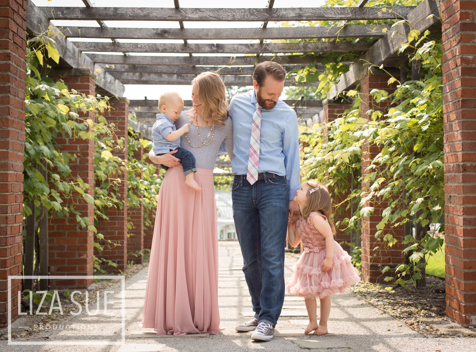 cleveland + akron family photo shoot stan hywett