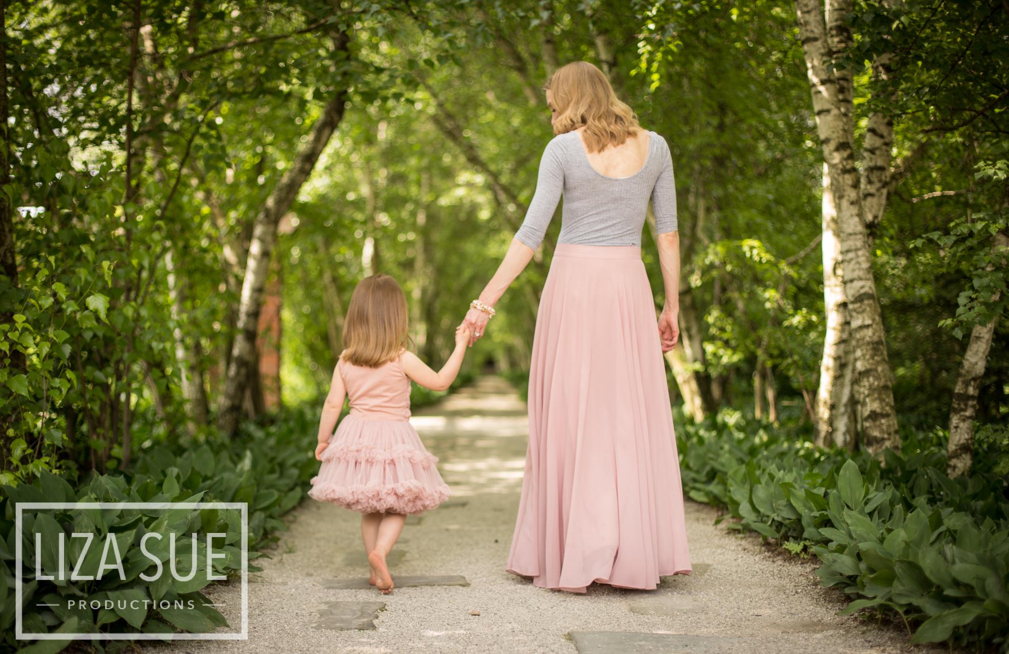 cleveland + akron family photo shoot stan hywett white birch trail
