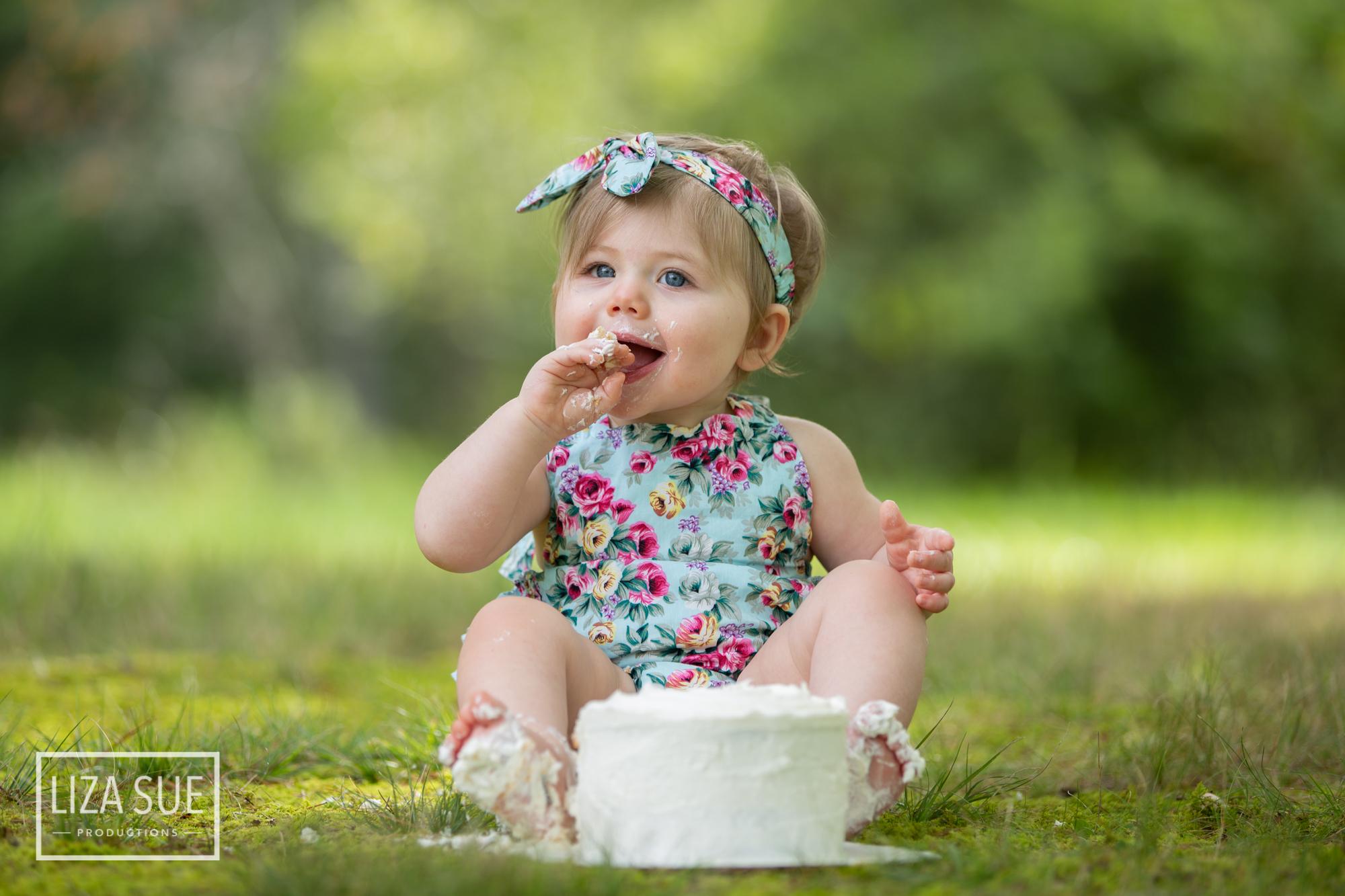 Infant Baby Lifestyle Cleveland Akron best Photographer