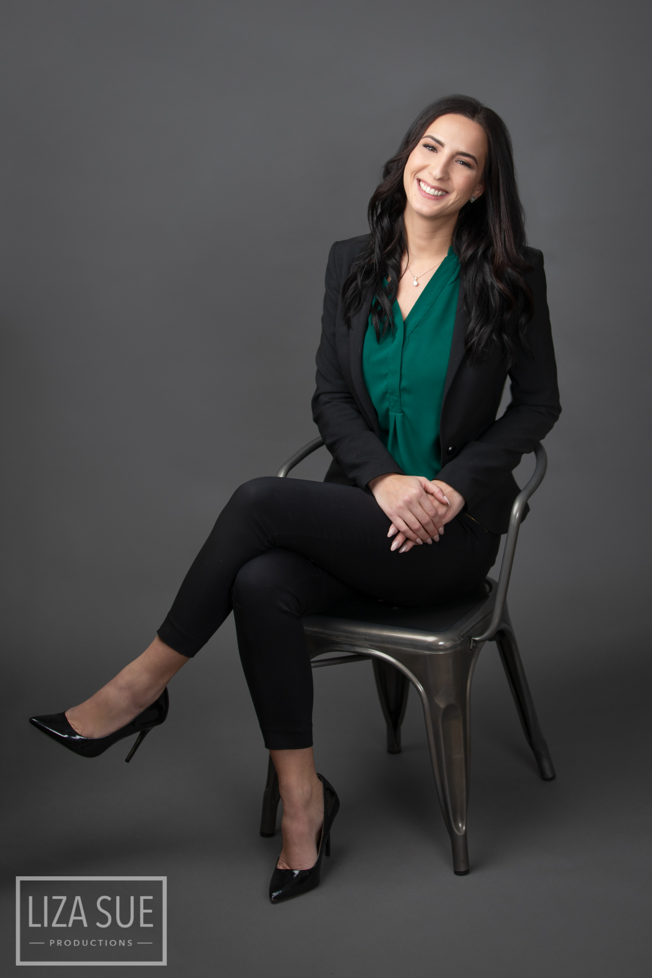 Cleveland + Akron Headshot corporate photography studio
