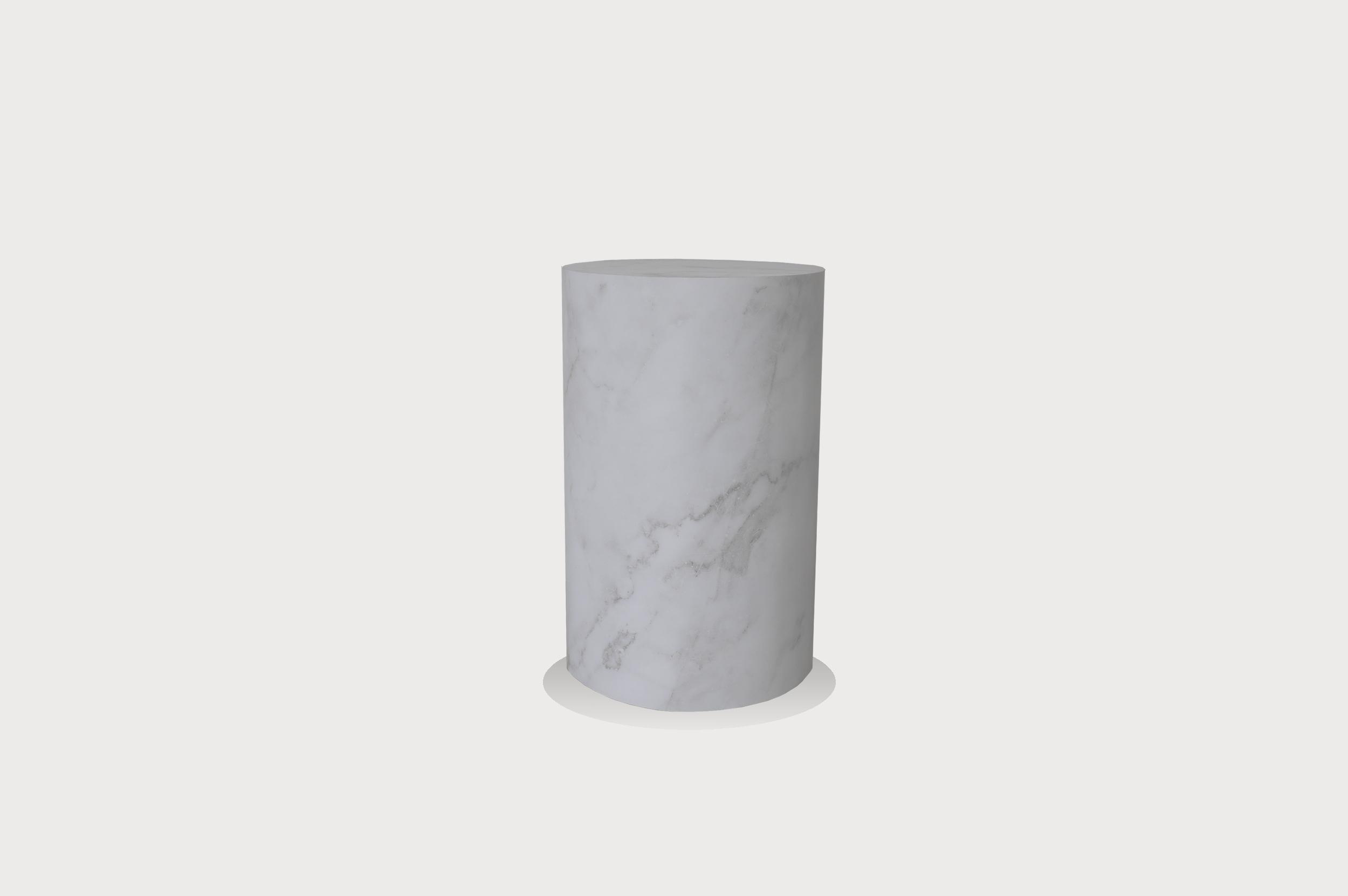 Round marble striped plinth