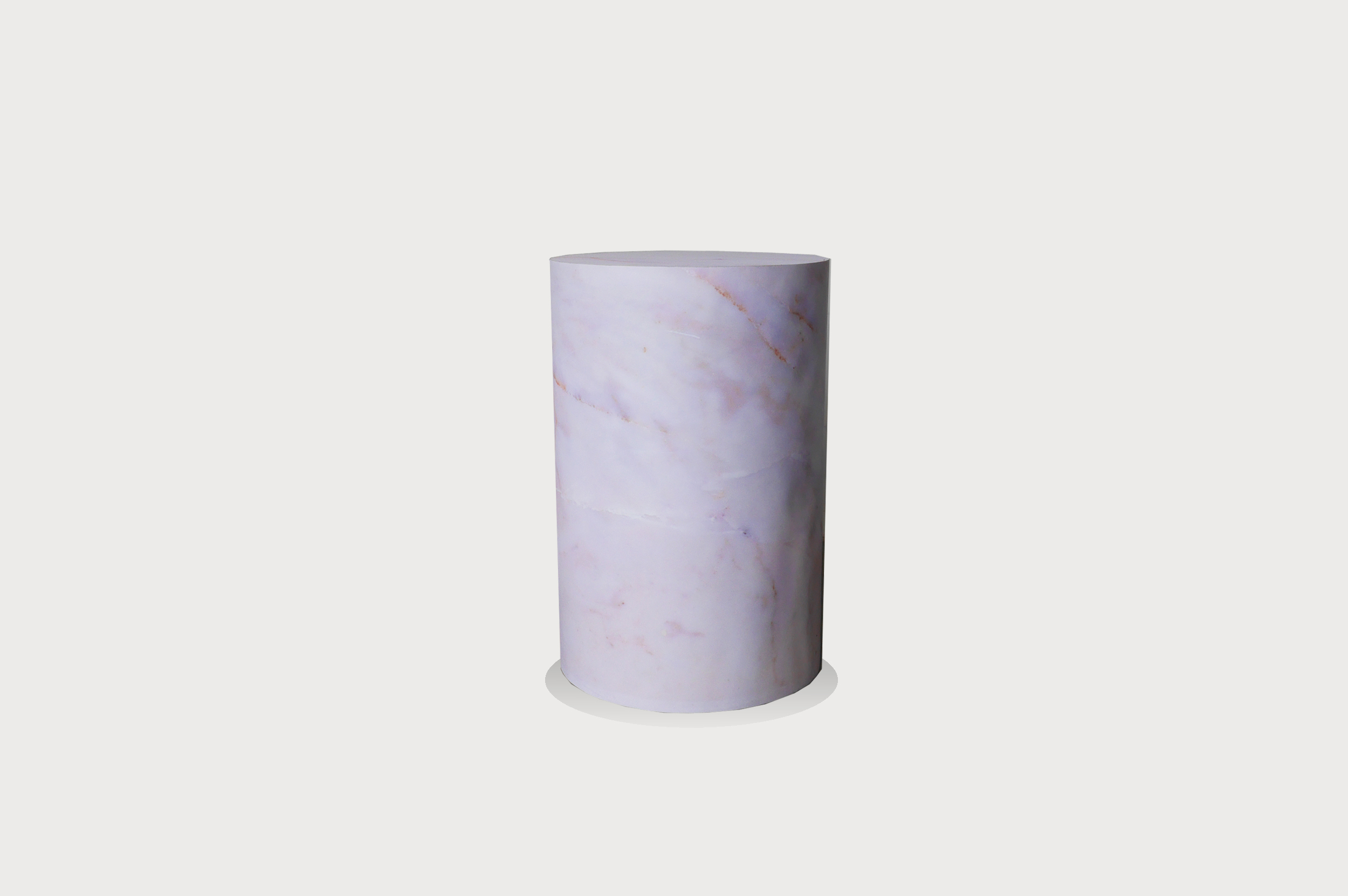 Round marble striped plinth