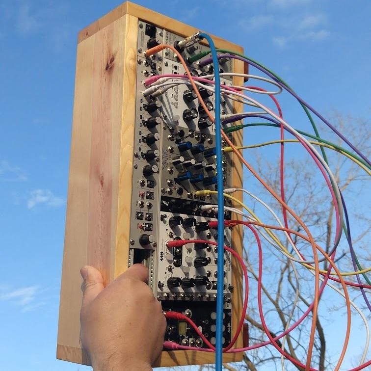 4U Powered Modular Case