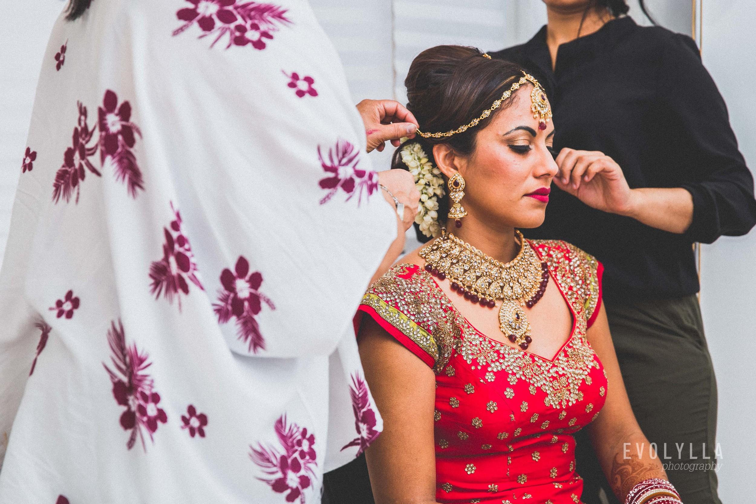 indian wedding getting ready