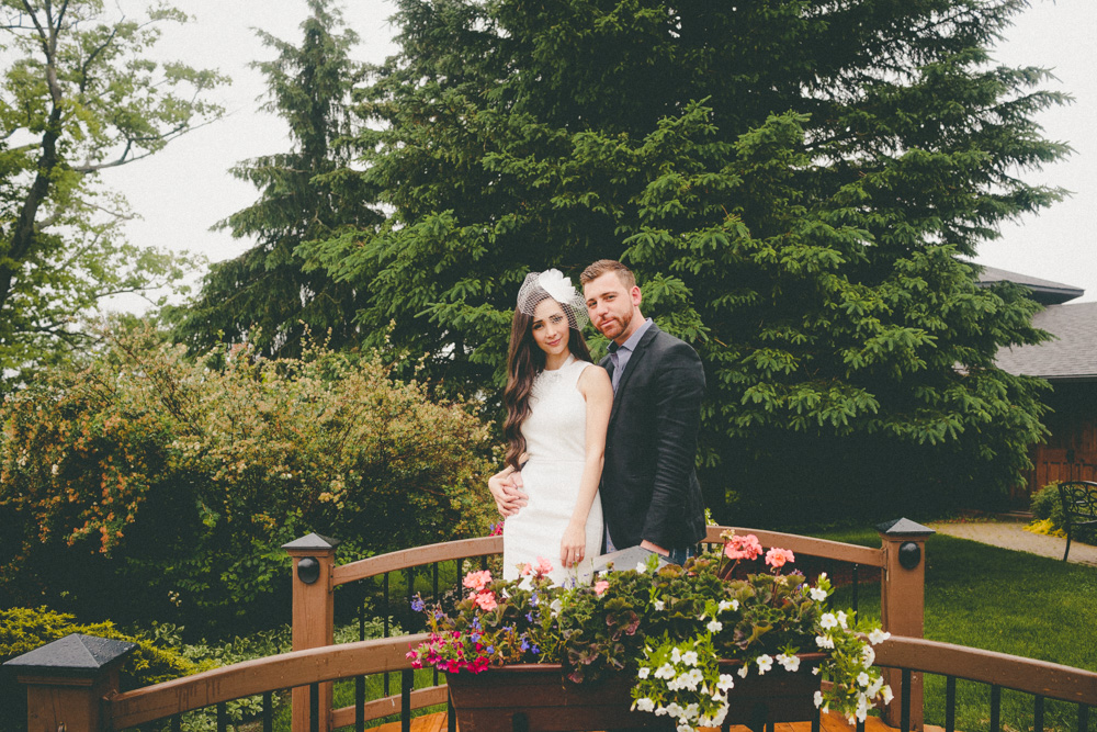 Oakview Terrace Raindy Day Wedding Photos Ideas