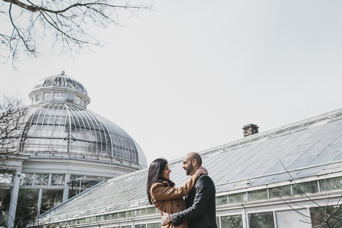 alternative winter engagement photo ideas