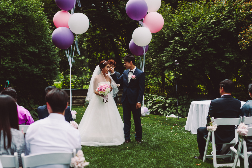 estates of sunnybrook outdoor wedding