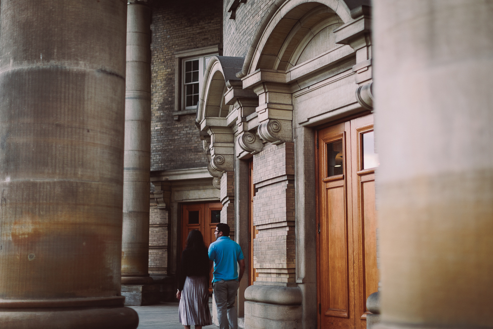 knox college engagement photos