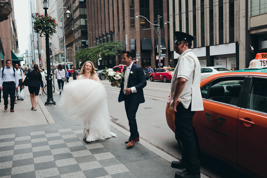 elopement photography by toronto intimate wedding photographer evolylla photography