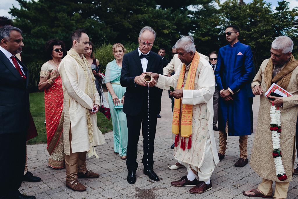 Toronto Indian Wedding by Toronto Wedding Photographer Evolylla Photography 0008.jpg