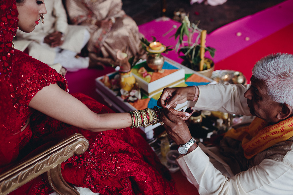 Toronto Indian Wedding by Toronto Wedding Photographer Evolylla Photography 0022.jpg