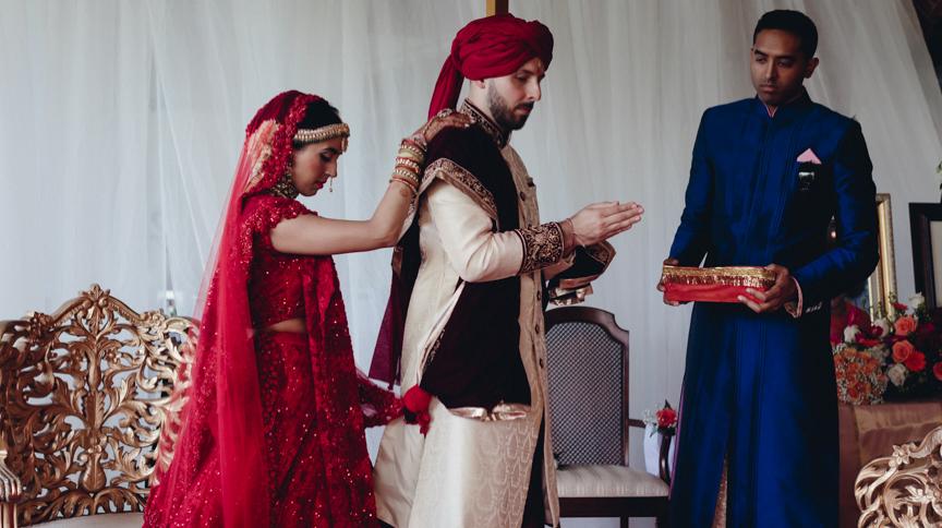 Toronto Indian Wedding by Toronto Wedding Photographer Evolylla Photography 0024.jpg