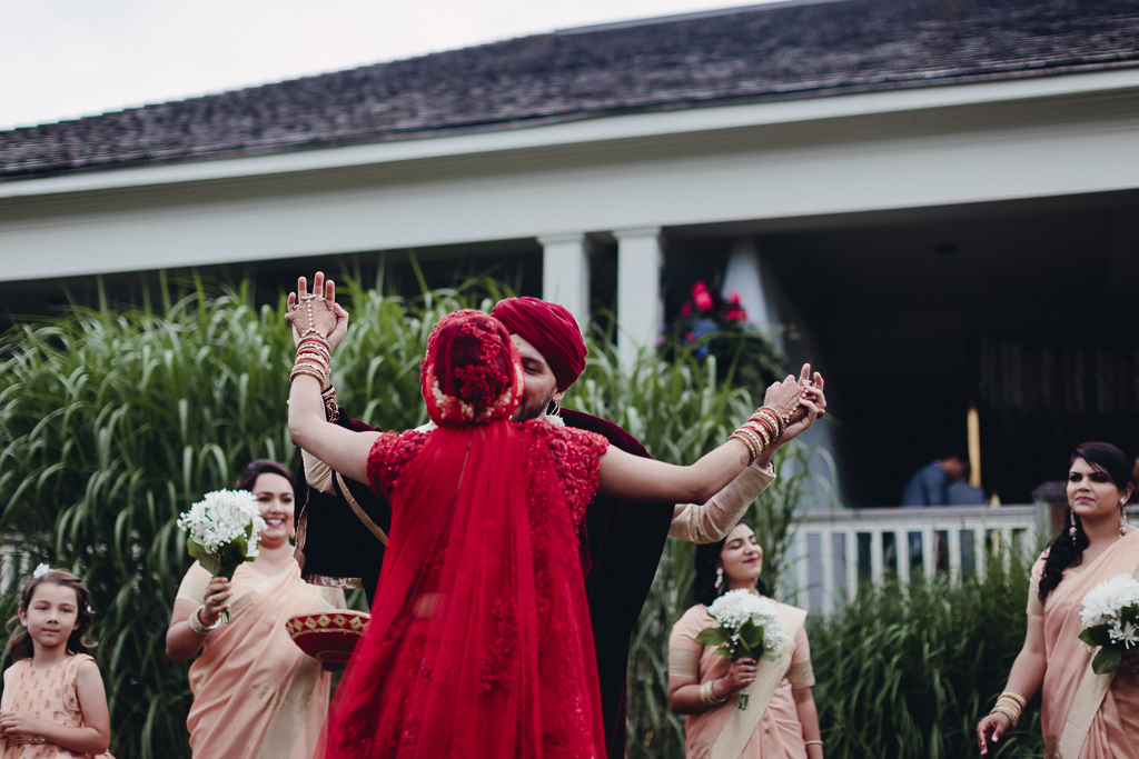 Toronto Indian Wedding by Toronto Wedding Photographer Evolylla Photography 0033.jpg