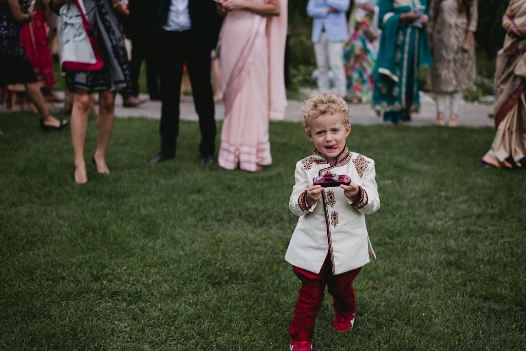 Toronto Indian Wedding by Toronto Wedding Photographer Evolylla Photography 0034.jpg